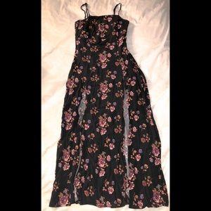 Long open dress